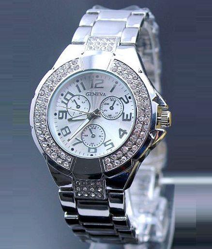 Vykladané dámske hodinky Geneva - strieborné e8ff1a1658f