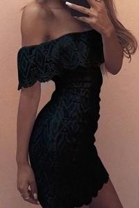 fbb7dbc63445 Dámske šaty s čipkou - čierne empty