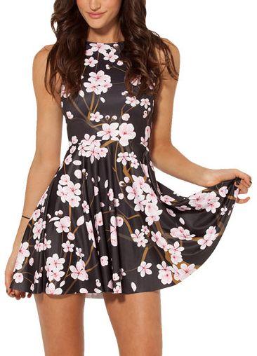 bf04031479 Čierne kvietkované šaty