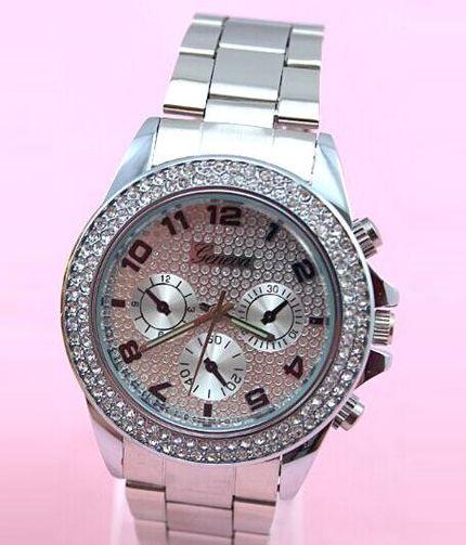 Dámske hodinky Geneva - strieborné 2c84601f9b1