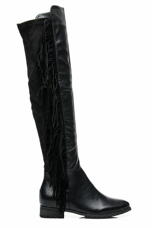 0137cfcfa137 Dámske vysoké čižmy so strapcami čierne