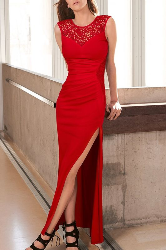 7bf970372384 Dámske spoločenské šaty červené