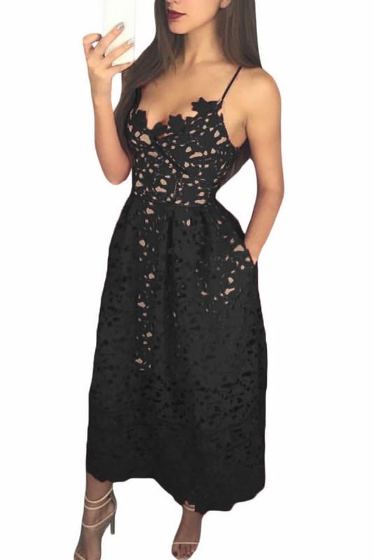 94f3c7b333aa Čierne čipkované šaty Madelyn