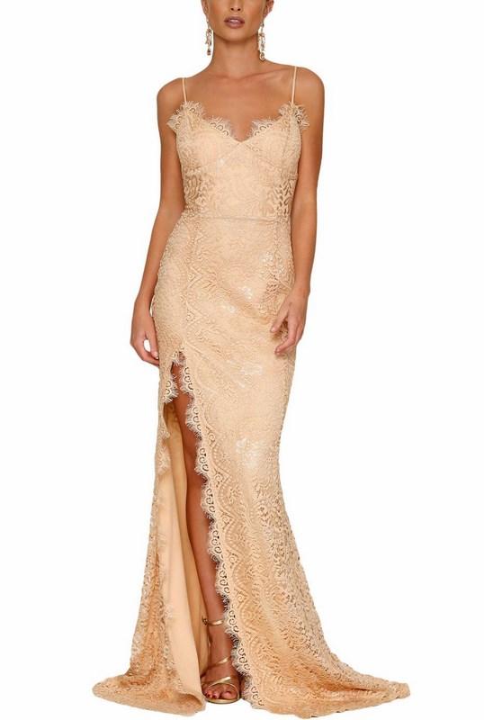 21db685a357b Večerné čipkované šaty Naomi - marhuľové