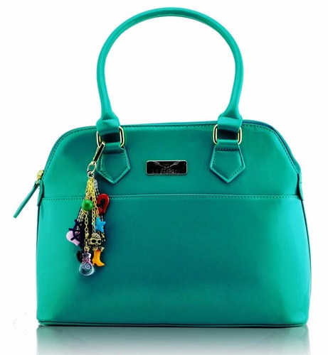 Krásna lakovaná kabelka Emerald 5dde80eb932