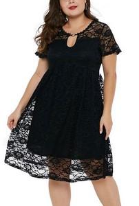38115b173412 Čipkované plus size šaty - čierne empty