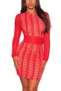 61aa29b88be4 Červené šaty s korzetovým opaskom empty