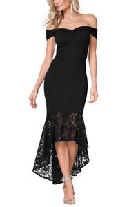 20f46b53e985 Bodycon šaty s čipkou - čierne empty