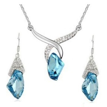 Austrian Crystal SW set Light Blue